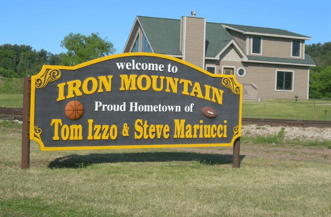 Iron Mountain Michigan welcome sign